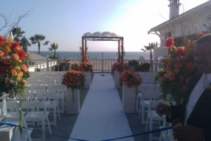 Los Angeles wedding officiant has first beach wedding